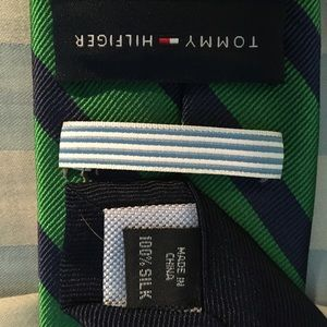 Tommy Hilfiger Accessories - Tommy Hilfiger Striped silk tie in Green and Navy